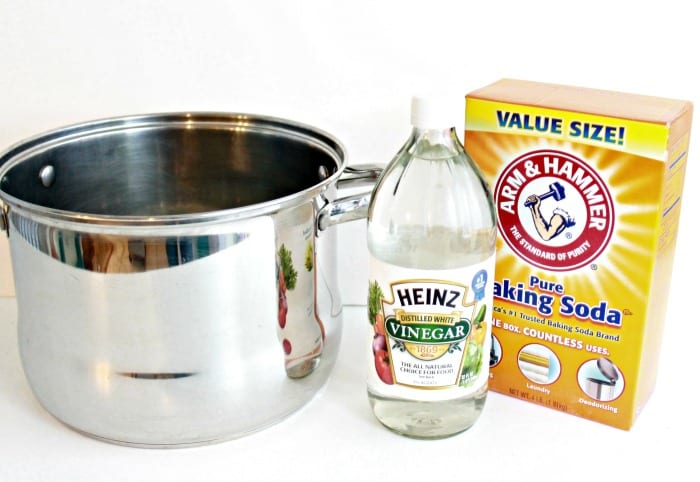 Pots and Pans Cleaner via Mom 4 Real